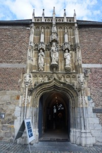 Entrance to the Aachener Dom